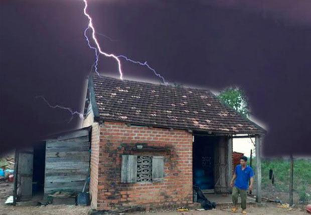 Do sấm sét đánh trúng hệ thống điện