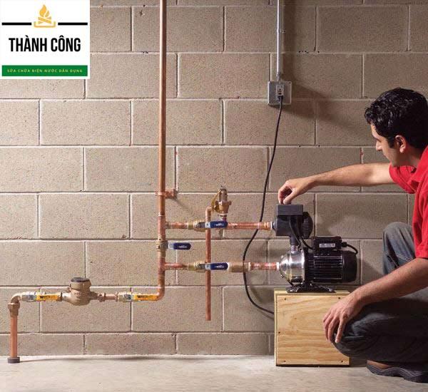 Cách mồi nước máy hơm tăng áp