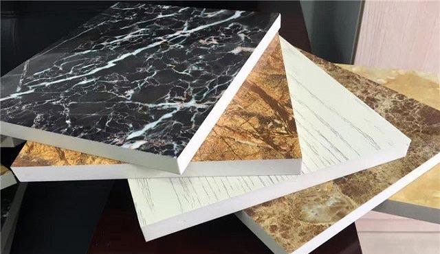 Cấu tạo của tấm nhựa vân giả đá