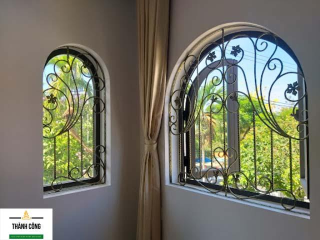 Nhiều khách hàng chọn làm cửa sổ sắt vì giá trị thẩm mỹ của chúng. (Nguồn Internet)